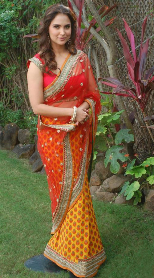 Lara Dutta In Red And Yellow Saree
