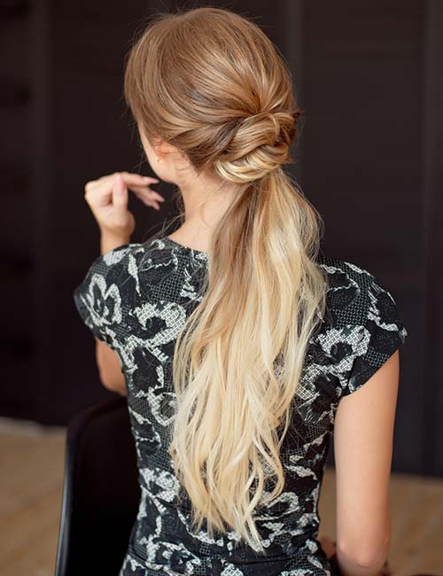 Light Curls Ponytail