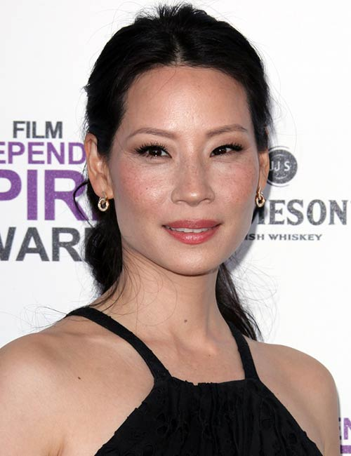 Lucy Liu – All Tied-In Ponytail