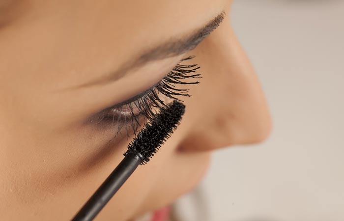 Eye Makeup Tips - Mascara Tips For Beginners