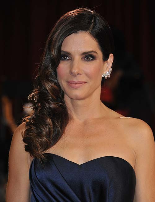 Sandra Bullock – Side Swept Hair