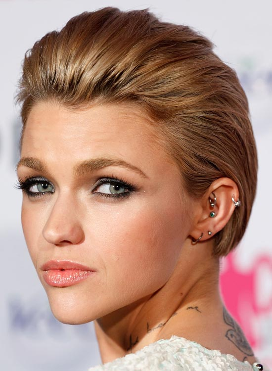 Short-Slicked-Back-Hair-with-Texture