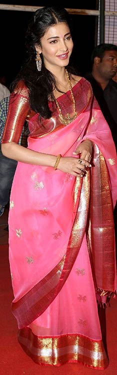 Shruti Haasan In Silk Saree