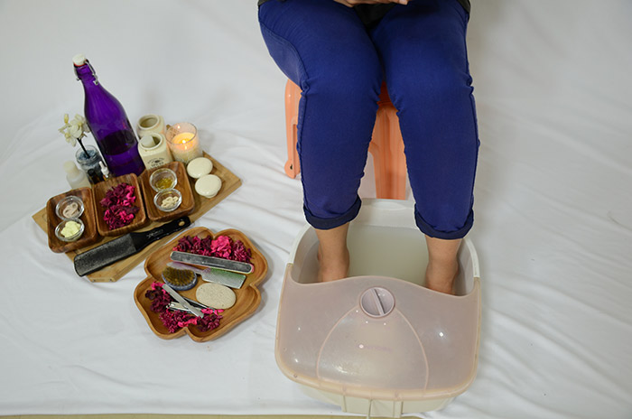 How to pedicure by home remedies