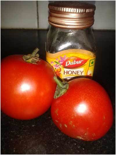 Tomatoes juice for glowing skin