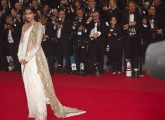 Top-41-Bollywood-Actresses-Who-Look-Beautiful-In-Saree5