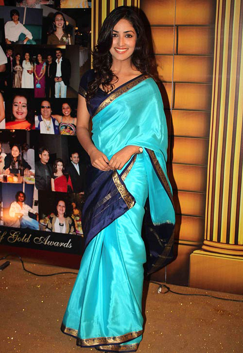 Yami Gautam In Blue Saree copy