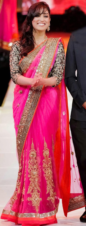 Yami Gautam In Pink Saree
