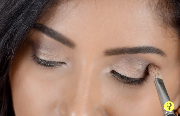 How To Apply Eyeshadows For Beginners Step By Step Tutorial