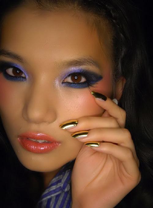 gold nail polish 2013
