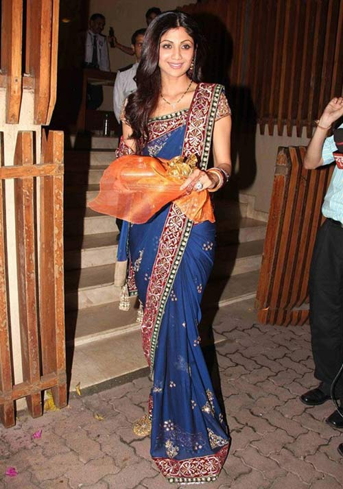 Hot Beauty Shilpa Shetty In Blue Saree