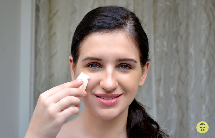 How To Apply Cream Foundation - Step 3: Apply Cream Foundation Using Sponge