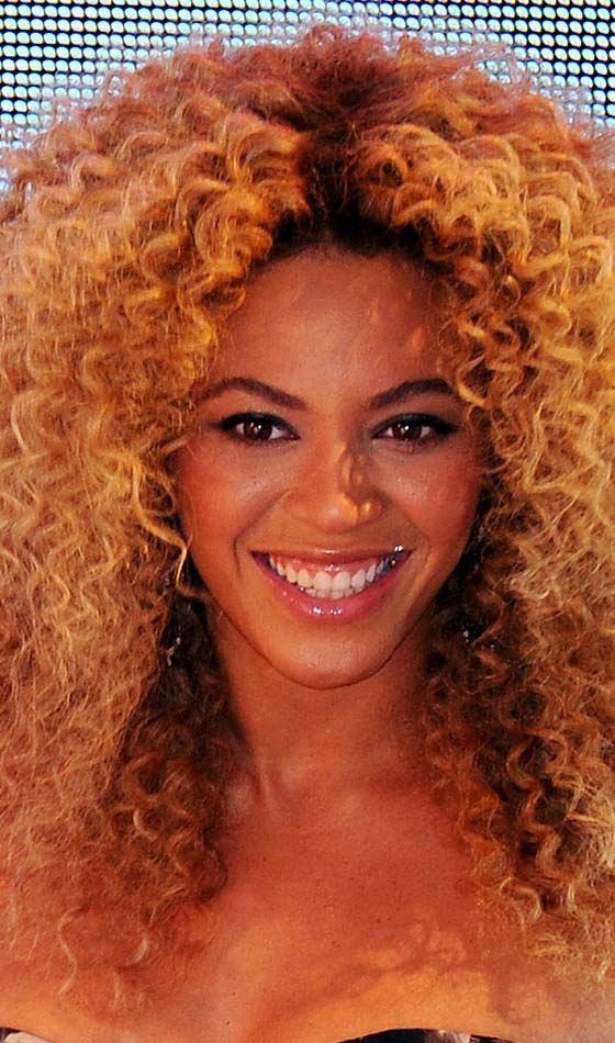 10 Perm Celebrity Hairstyles That You Can Try