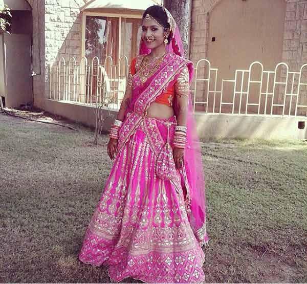 18.-Pink,-Orange,-And-Silver-Bridal-Makeup-Look