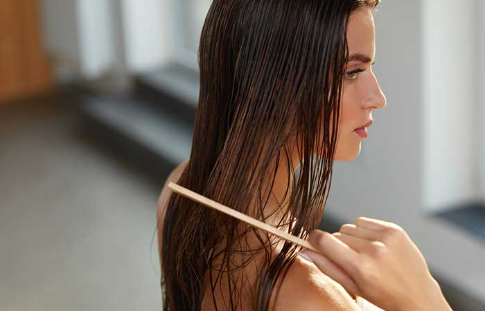 Hair Care While Swimming - Comb Your Tresses