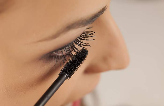 How To url Eyelashes - With Mascara