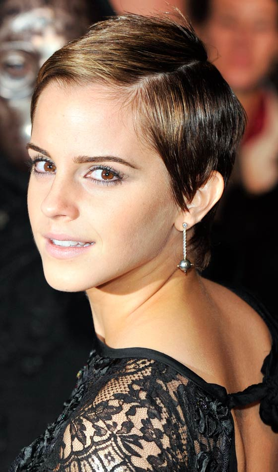 2.Latest-Short-hairstyles-of-Celebrities