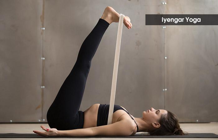 4.-Iyengar-Yoga