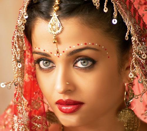 Bridal lip colour