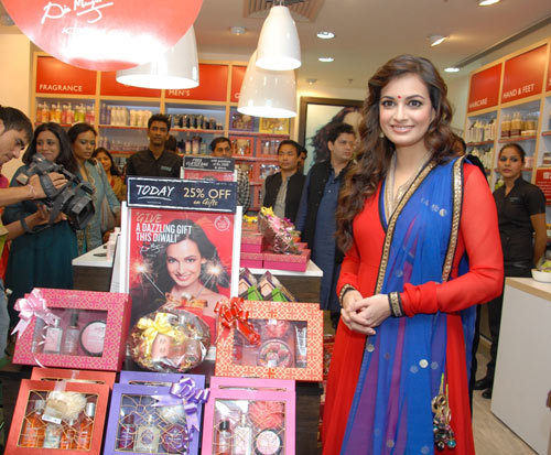 Diwali Gift Range - Dia Mirza's Beauty Secrets