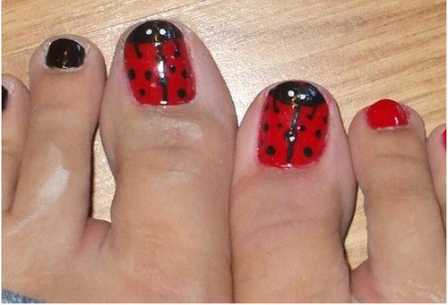 12 nail art ideas for your toes lady bug toes prinsesfo Images