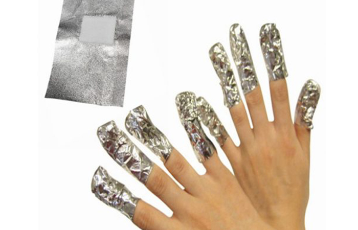 Remove Acrylic Nails Using Acetone And Aluminum Foil
