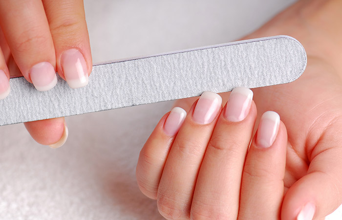 How To Remove Acrylic Nails Using Nail Filers?