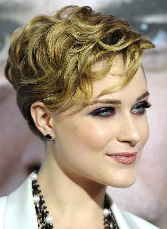 Pixie-with-Very-Short-Layered-and-Textured-Curls