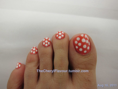 12 nail art ideas for your toes polka dot toe nail art prinsesfo Images
