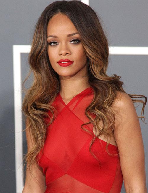 Rihanna's Long, Curly