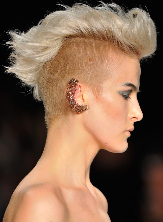 Thick-Wavy-Light-Golden-Blonde-Mohawk