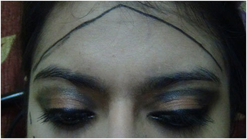 straight lines makeup