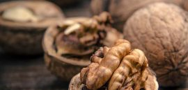 12 Incredible Benefits Of Eating Walnuts