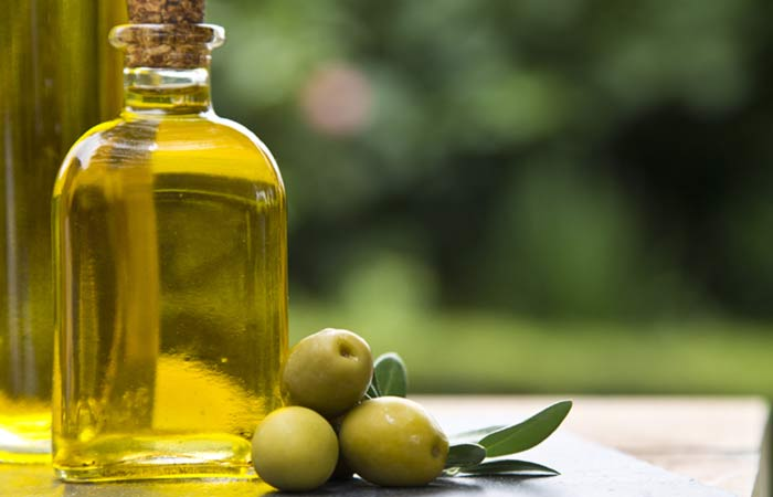 22-Best-Benefits-Of-Olive-Oil-(Jaitun-Ka-Tel)-For-Skin,-Hair,-And-Health3