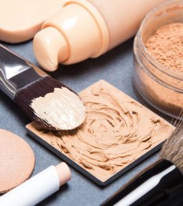 Is Your Foundation Too Light? Here Are 8 Ways To Fix It!