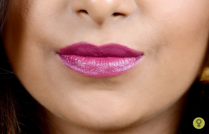 How To Make Your Lipstick Matte? - Step 2: Apply Lipstick