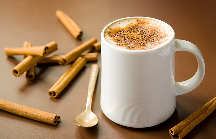 Cinnamon For Weight Loss - Bedtime Cinnamon & Turmeric Milk