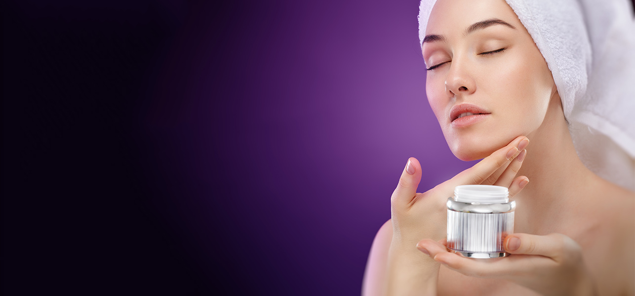 Best-Skin-Tightening-Creams-Available-In-India1