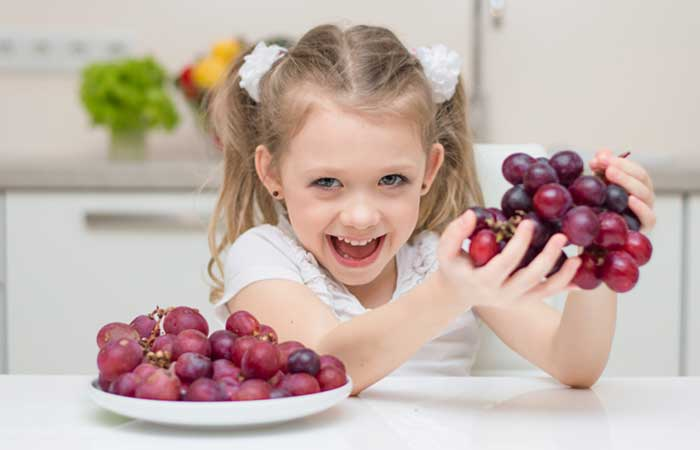 quality design a3469 0e545 20 Benefits Of Grapes For Skin, Hair, And Health