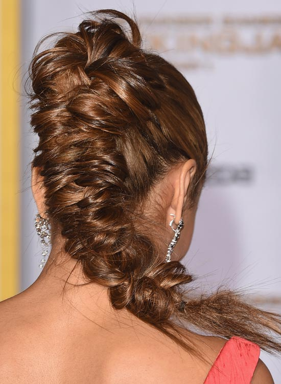 High-Thick-and-Widened-Fishtail-Braid-with-Semi-Circular-Top