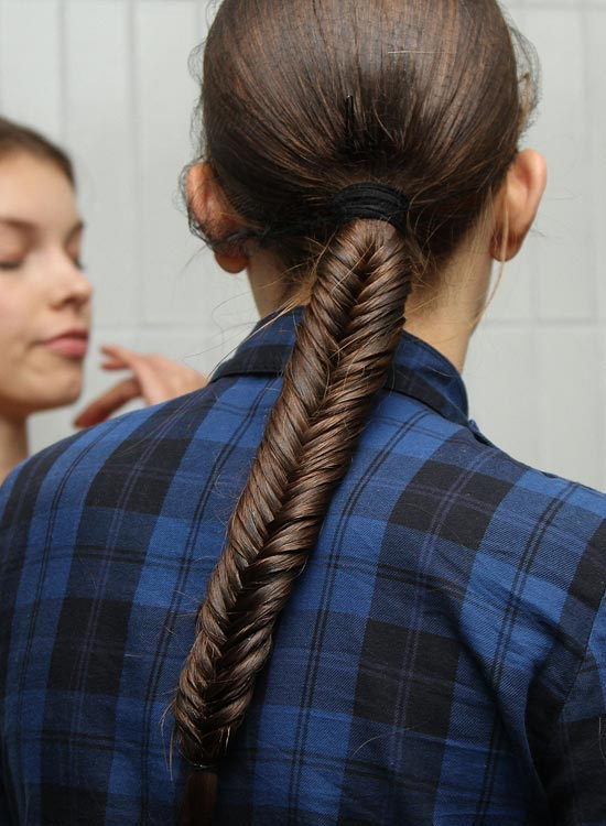 Low-Fishtail-Braided-Ponytail