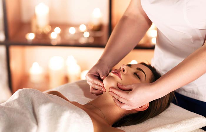 How To Get Rid Of A Double Chin - Massage