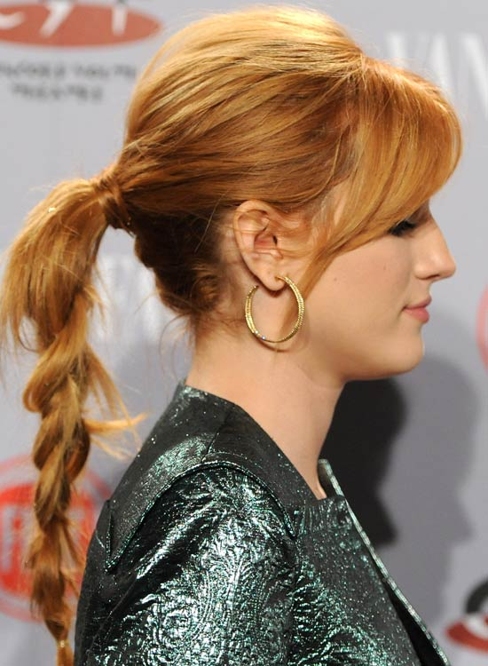 Messy-Braided-Ponytail-with-Puffy-Crown-and-Side-Sweep