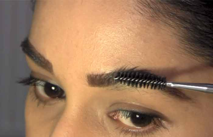 Eyebrow Threading - Step 3 - Prep Your Brows