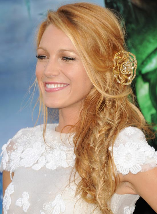 Tousled-Side-Braid-with-Bang-and-Side-Sweep