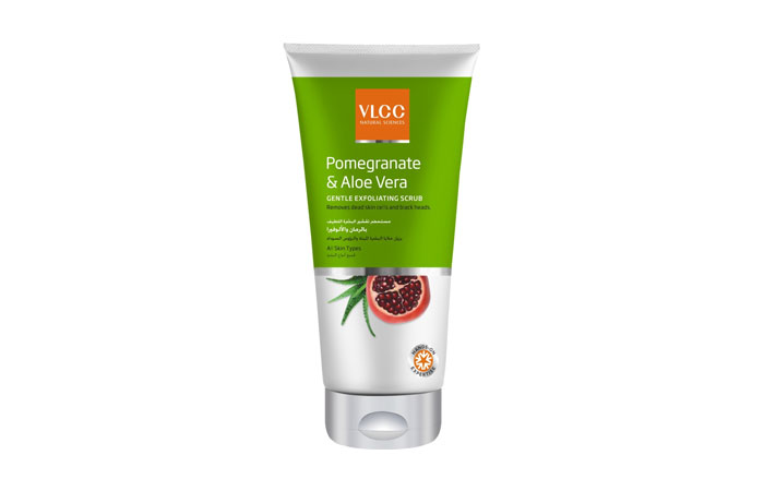 VLCC-Pomegranate-And-Aloe-Vera-Gentle-Exfoliating-Scrub-11