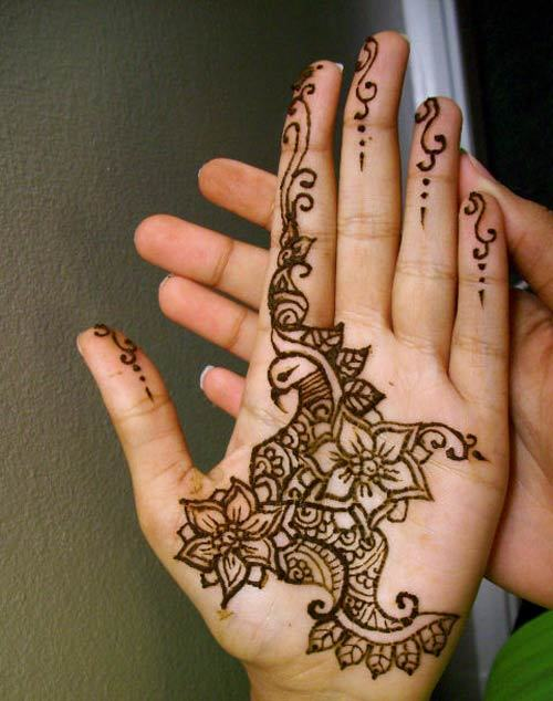 designs to relieve you from those boring traditional mehendi patterns