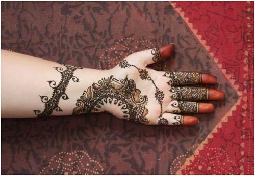Latest Full Hands Mehndi Designs : Latest mehendi designs for hands to try out in