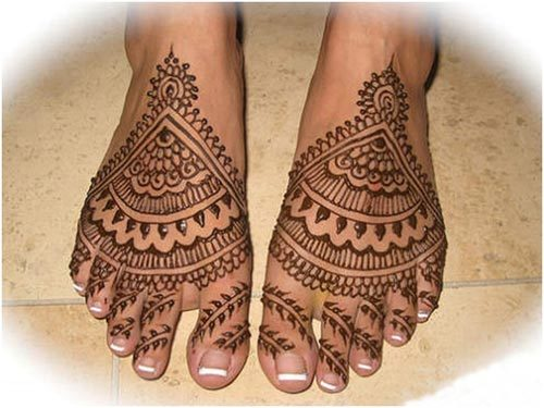 bridal mehndi feet designs