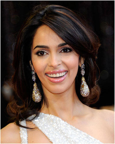 Something Mallika sherawat face